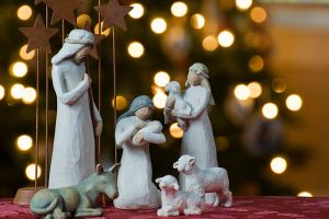 640px-Nativity_tree2011